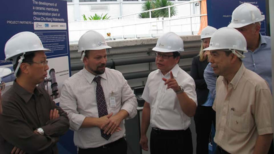 CE Designate Of PUB Visits CeraMac® Demoplant At CCK Waterworks